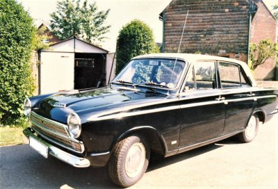 mikes cortina mk 1 1500 super automatic.jpg