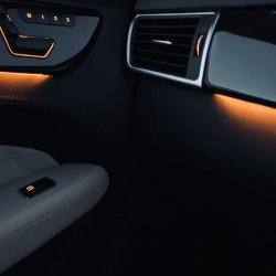 Ambient lighting in W166